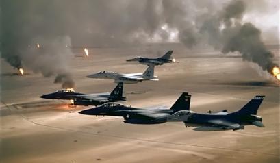 الطائرات السعودية تقصف المجمع الحكومي غرب اليمن
