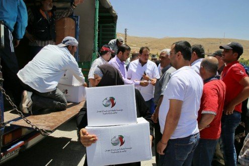 مساعدات إماراتية رمضانية للنازحين السوريين والفلسطينيين في بعلبك