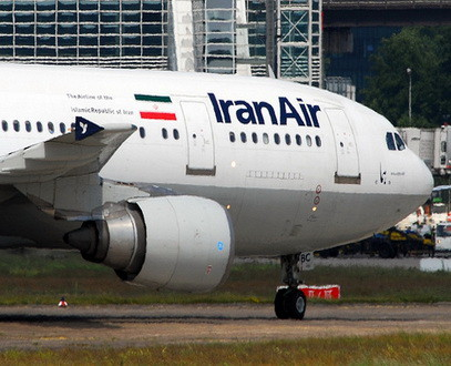 fed3249683018 إندلاع حريق في طائرة ركاب إيرانية قبل إقلاعها