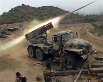 الجيش اليمني يدمر دبابة سعودية