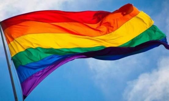 بالصورة-نديم قطيش يتضامن مع قانون المثليين