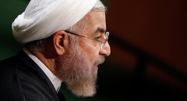 روحاني يجري محادثة هاتفية مع أمير قطر
