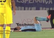 Terrible-goalkeeper-error-leads-to-own-goal