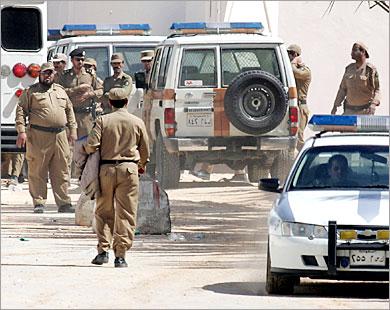 d45b1fa82 مقتل جندي سعودي في تبادل إطلاق نار مع مطلوبين في الطائف   Mulhak ...