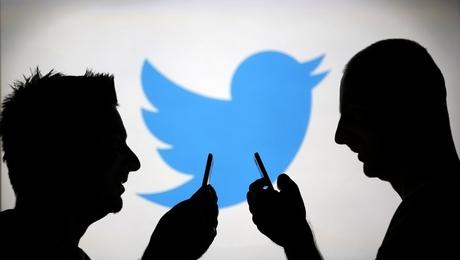 """حرب على جبهة """"تويتر"""" بين جيري ماهر والمغرد الاشهر"""