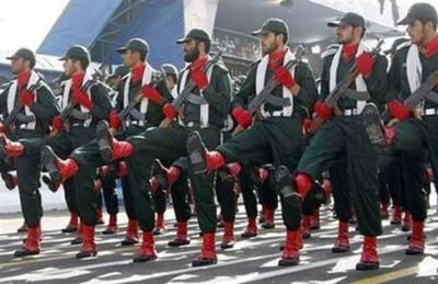 مقتل 12 من الحرس الثوري الإيراني بهجوم بمحافظة سنندج بإيران