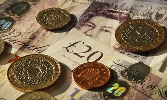 الاسترليني يرتفع بعد بيانات تضخم بريطانية تفوق التوقعات