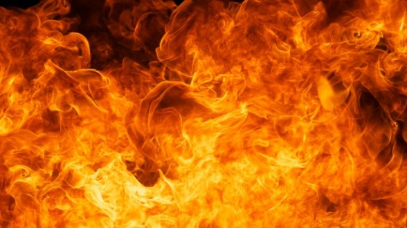 حريق في العرمى وصل الى النورة ملتهماً مساحات شاسعة