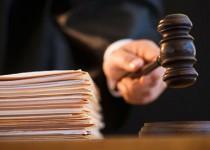 Judge holding gavel