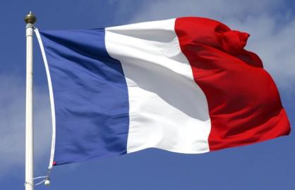 تمديد حالة الطوارئ في فرنسا 3 أشهر