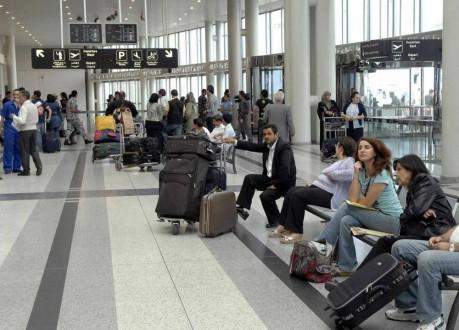 عنصر مفاجئ يَفضح مهرِّباً هولندياً في مطار بيروت