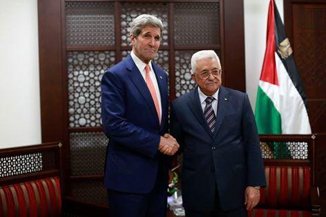 كيري يصل رام الله للقاء عباس