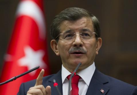 أوغلو: تركيا وشعبها سيعززان دعمهما للشعب السوري ضد نظام الأسد