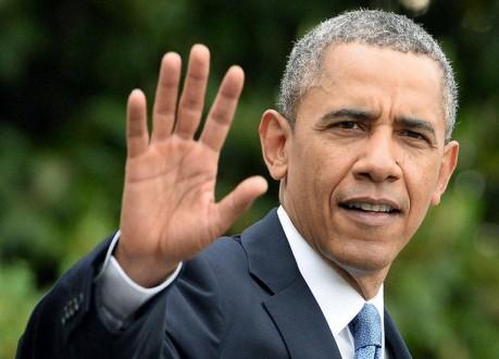 أوباما وقع مرسوما برفع العقوبات عن إيران على خلفية الملف النووي