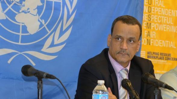 ولد الشيخ أحمد التقى وفدي أنصار الله والمؤتمر الشعبي العام في مسقط