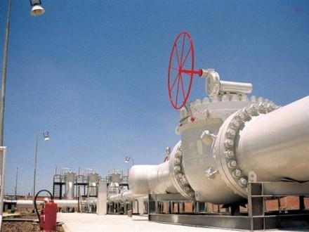 مصدر روسي: امدادات الغاز الروسي إلى تركيا تتدفق بشكل عادي