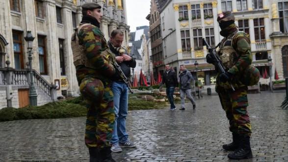 الشرطة البلجيكية توقف أخوين خلال عملية دهم في بروكسل
