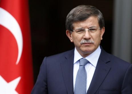 اوغلو : هناك من أراد لتركيا أن تحترق بنار الإرهاب