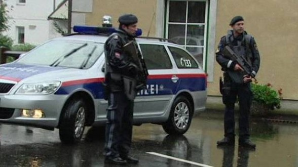 الشرطة النمساوية تعتقل شخصين يشتبه بعلاقتهما باعتداءات باريس