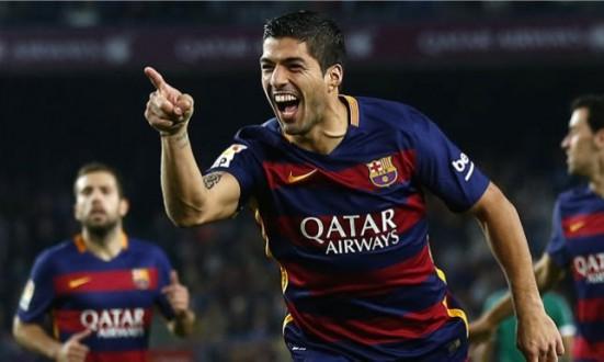 الإتحاد الإسباني يوقف سواريز مباراتين في كأس الملك