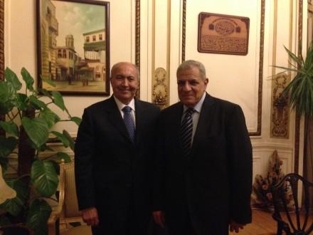 مخزومي عرض الأوضاع الإقليمية والدولية مع محلب في مصر