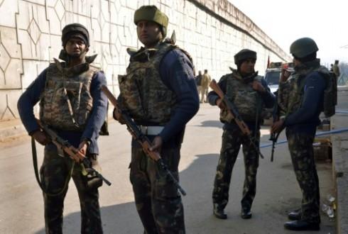 فشل محاولة دخول قاعدة جوية هندية من قبل مسلحون