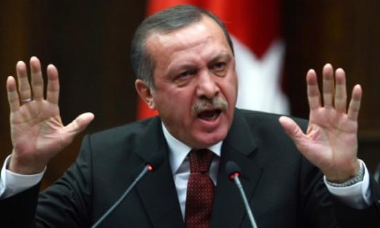 إردوغان يهدد بوقف تنفيذ اتفاق اللاجئين إذا لم يُعفى الأتراك من التأشيرات
