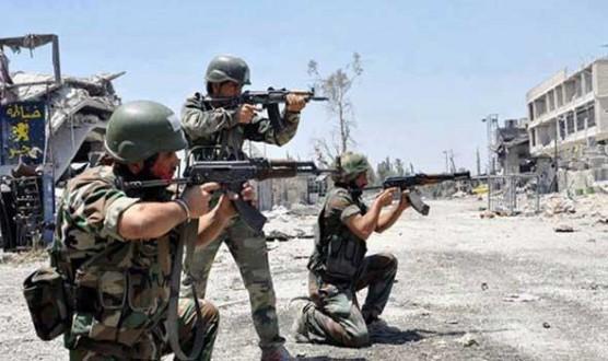 مقتل وجرح عدد من مسلّحي داعش باشتباكات مع الجيش السوري في دير الزور