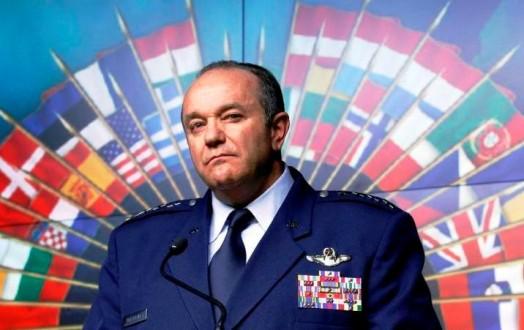 قائد قوات الناتو في أوروبا: بوتين أسس جيشا قويا