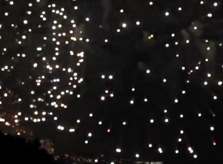 """بالفيديو …""""جونيه"""" اللبنانية تفتتح مهرجاناتها السياحية بحفل ضخم للألعاب النارية"""