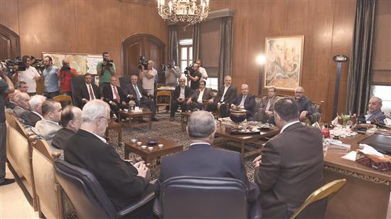 جلسة للحكومة اليوم.. ترجئ البنود الخلافية