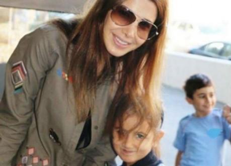 نانسي عجرم ترافق ابنتها في يومها المدرسي الاول