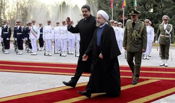 روحاني لمادورو: من الضروري رفع أسعار النفط