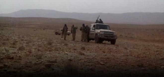 """مراسل ملحق: """"داعش"""" يسيطر على قرية تبعد حوالي 6 كلم عن مطار التيفور العسكري بريف حمص الشرقي"""