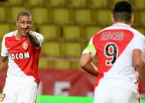 Monaco's French forward Kylian Mbappe Lottin celebrates after a scoring a goal during the French Ligue 1 football match between AS Monaco and Metz (FCM) at the Louis II Stadium in Monaco on February 11, 2017.  / AFP / Yann COATSALIOU        (Photo credit should read YANN COATSALIOU/AFP/Getty Images)