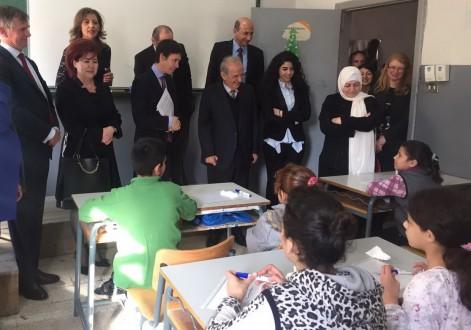 4dc106f9209ea وزير التنمية البريطاني  كرم لبنان يجب أن يساويه دعم اضافي من المجتمع الدولي