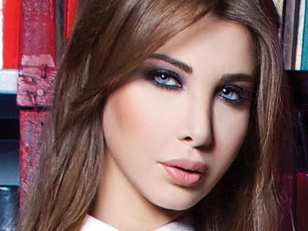 نانسي عجرم عزّت أهالي الشهداء في مصر وتمنّت الشفاء للمصابين