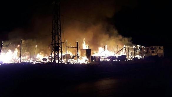 ae72c40ccc8a7 حريق في مخيم للاجئين السوريين في بر الياس