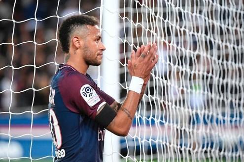 سان جيرمان يأسف لأسلوب برشلونة.. ونيمار يرد بالمثل