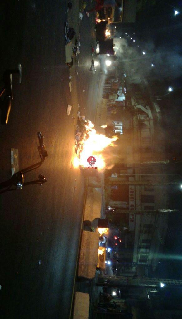 بالفيديو والصور توتر في صيدا بعد مقتل شخصين إحراق وتحطيم