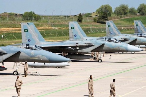 خاص ملحق: طائرات أف 15 سعودية في قبرص ؟