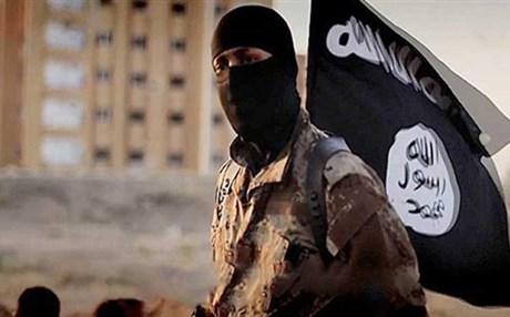 ملحق – داعش تكسر أحد خطوط دفاع الجيش السّوري والدّفاع الوطني