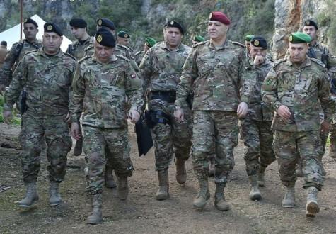 46d49e792 قائد الجيش: الأمن في البلاد تحت السيطرة وحماية الاستقرار الوطني أولويتنا  المطلقة