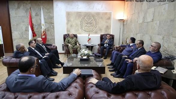 b570cd0192e6a اجتماع أمني في مكتب قائد الجيش في اليرزة