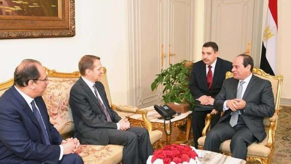 السيسي يبحث مع مدير الاستخبارات الخارجية الروسية تعزيز التعاون الأمني بين موسكو والقاهرة