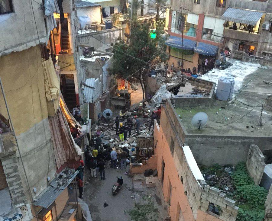 6de9d2af3 وفاة امرأة وابنتها في انهيار مبنى في برج البراجنة | Mulhak - ملحق ...