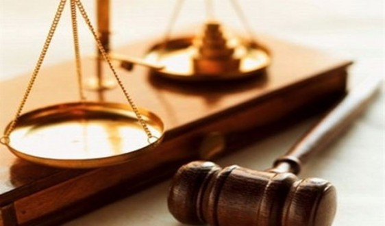 de635a41b قرار قضائي يعرض المحامي حسين قازان لمحاولة قتل .. والنقابة تتحرك ...