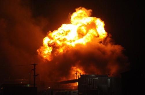 موقع أميركي: إسرائيل قصفت سوريا بأول قنبلة نووية!