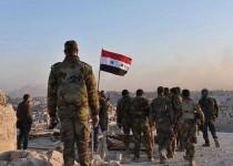 الجيش السوري يرفع علم سوريا فوق المناطق المحررة