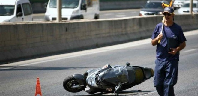 مقتل شاب في حادث تصادم على طريق عام فرون